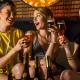 Gute Laune mit unserer Cocktailbar mit Barkeeper in Berlin